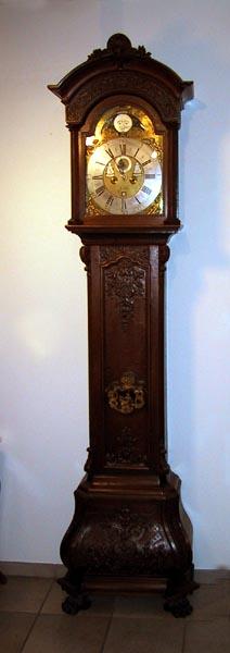 Darms Antike Uhren, Ilanz Tel.:+41 (0)81 925 12 85